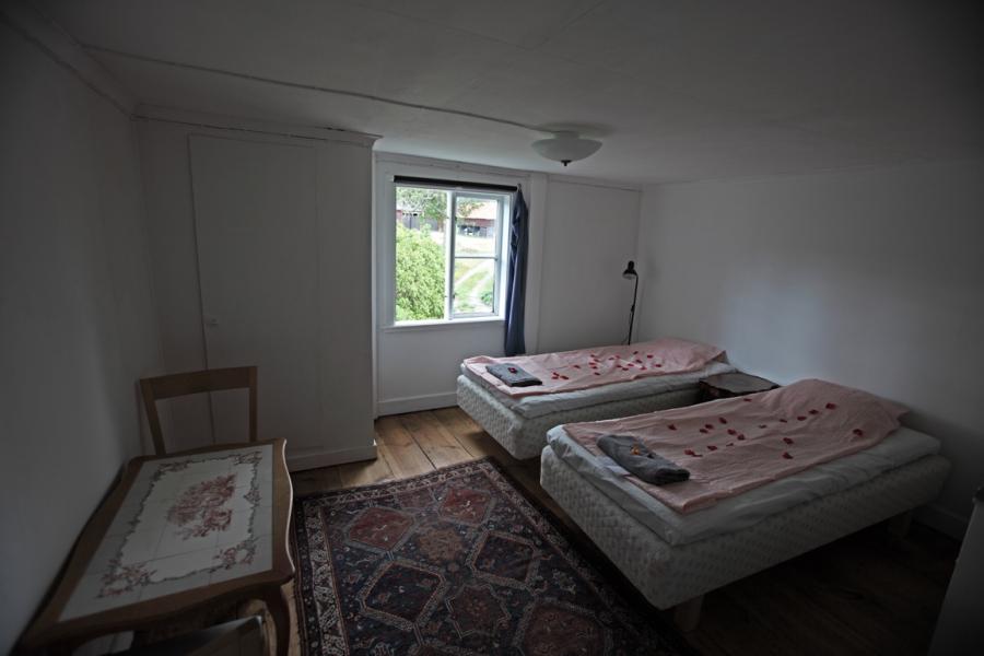 Sovrum övervåning söder